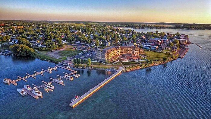 1000 Islands Harbor Hotel, Clayton, New York (Photo courtesy of 1000 Islands Harbor Hotel)