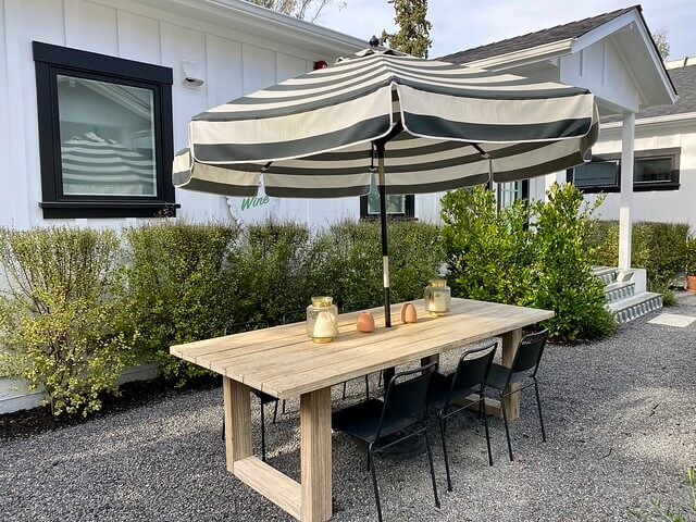 Outdoor patio furniture for entertaining at The Bungalows at Calistoga.