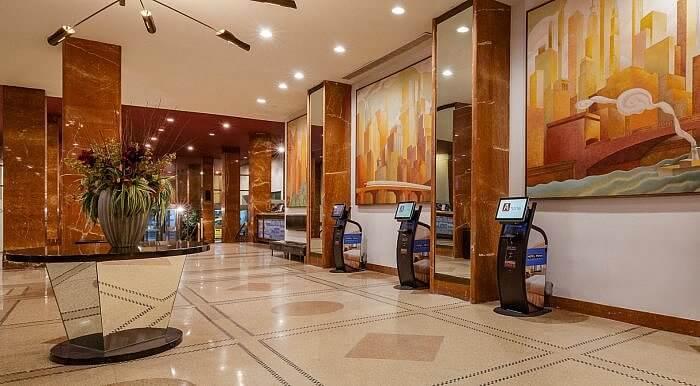Hotel Pennsylvania lobby