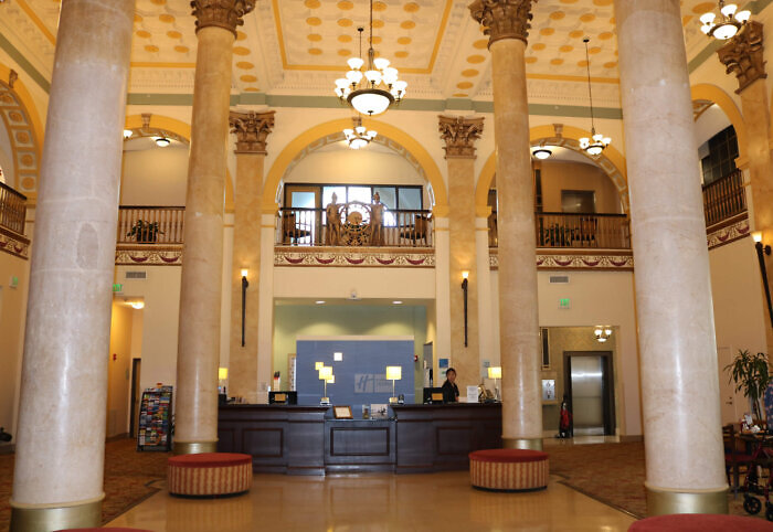 Lobby of Holiday Inn Express Baltimore Downtown