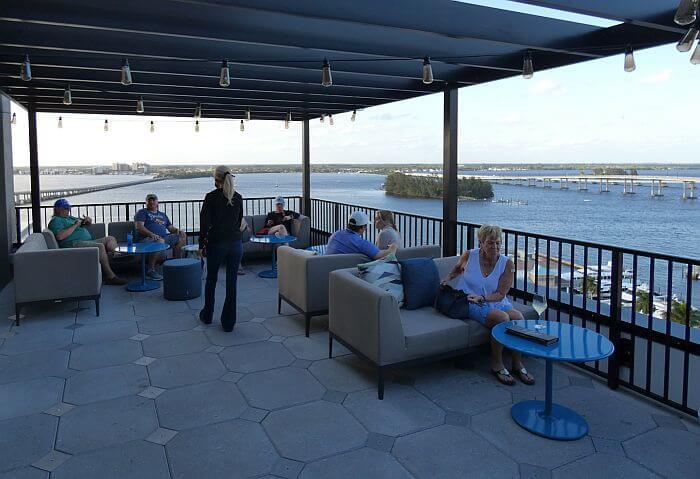Beacon Social Drinkery Rooftop bar